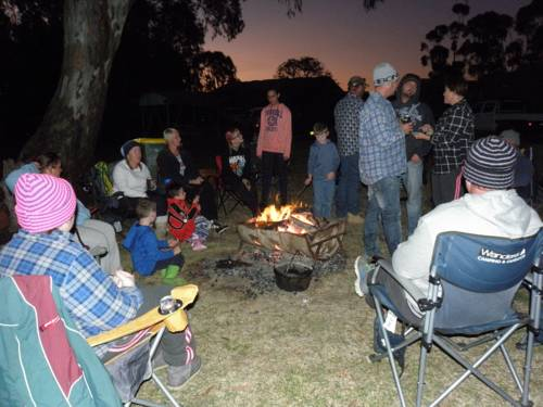 Gogeldrie Weir Holiday Park Cover Picture