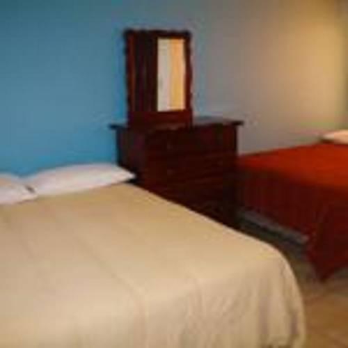 Hotel Plaza Cover Picture