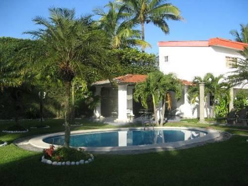 Hotel Santa Elena Cover Picture