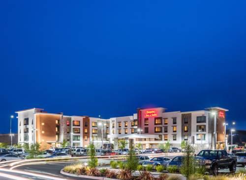 Hampton Inn & Suites - Napa, CA Cover Picture