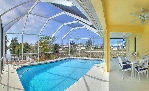 Villa Sunshine Florida Cover Picture