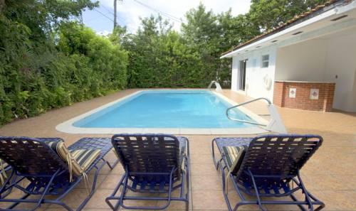Paradise Villa Cover Picture
