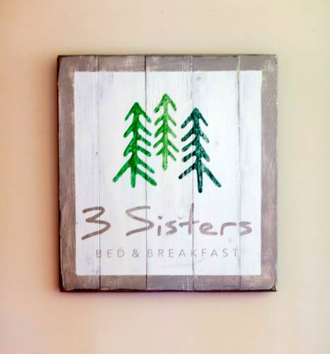 3 Sisters Bed & Breakfast Cover Picture
