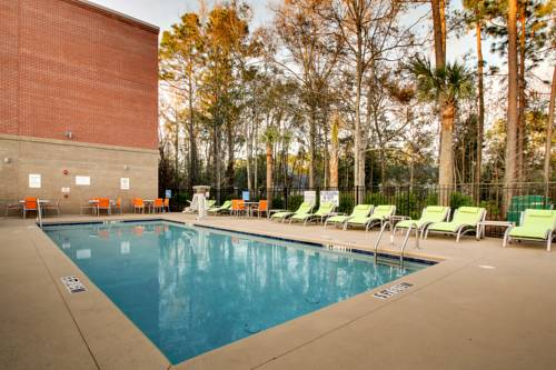 Holiday Inn Express & Suites Charleston NE Mt Pleasant US17 Cover Picture