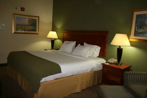Holiday Inn Express & Suites Greenwood Cover Picture
