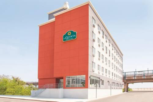 La Quinta Inn & Suites Far Rockaway Cover Picture