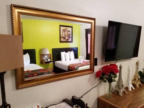Arrowhead Motel Cover Picture