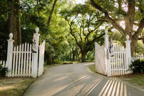 The Myrtles Plantation Cover Picture