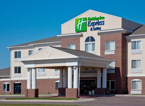 Holiday Inn Express & Suites Le Mars Cover Picture