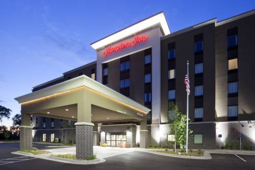 Hampton Inn Minneapolis-Roseville,MN Cover Picture