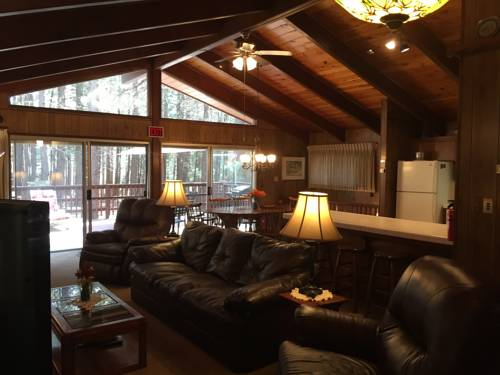 Papa Bear Cabin Cover Picture