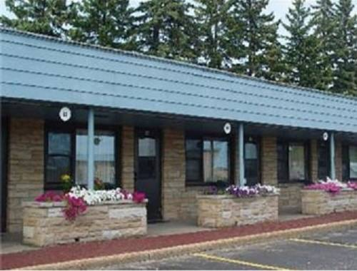 Knights Inn Stevens Point Cover Picture