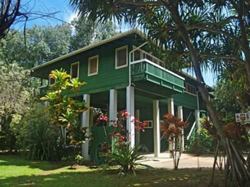 Kauai Tree House Cover Picture