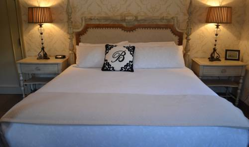 The Beaumont Inn Cover Picture