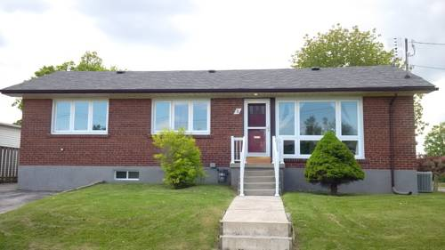 Beautiful Detached Clean and Spacious 6 Bedroom House - Toronto Cover Picture