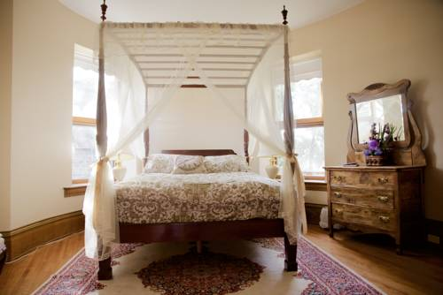 Bellas Castle Bed and Breakfast Cover Picture