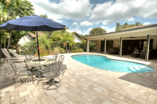 Beach Home Naples Cover Picture