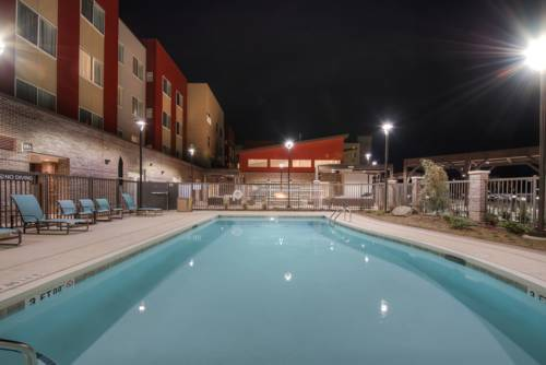 Fairfield Inn & Suites by Marriott Charlotte Airport Cover Picture