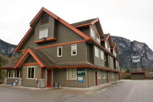 Squamish Adventure Inn Cover Picture