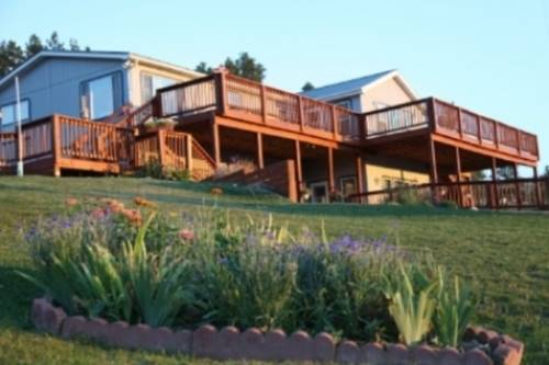 Sawin' Logs Bed & Breakfast Cover Picture
