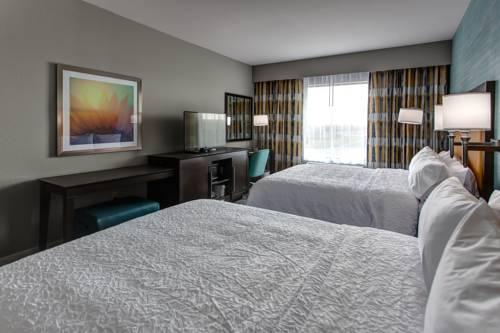 Hampton Inn & Suites-Wichita/Airport, KS Cover Picture