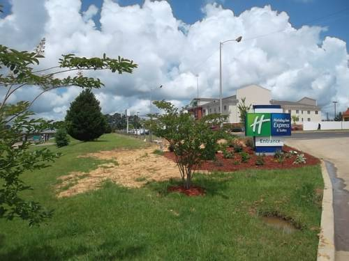 Holiday Inn Express & Suites Brookhaven Cover Picture