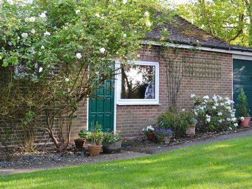 The Garden Cottage Cover Picture