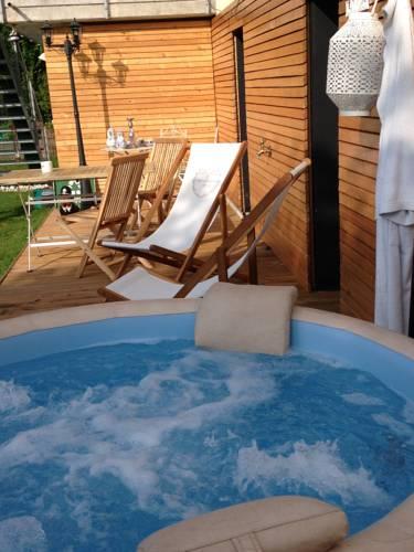 Chez Sven BnB Cover Picture