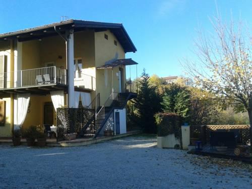 La Casa Gialla Cover Picture