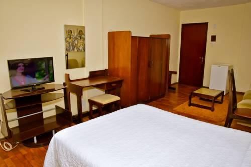 Hotel Estoril Cover Picture