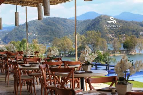 El Santuario Resort & Spa Cover Picture