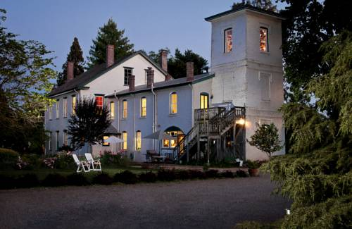 The Inn at Locke House Cover Picture