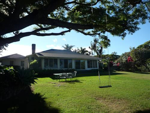 Banyan Tree Bed and Breakfast Retreat Cover Picture