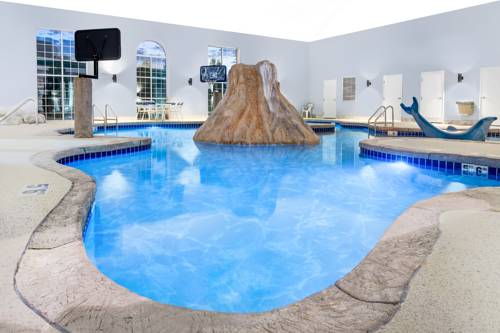 Microtel Inn & Suites by Wyndham Green Bay Cover Picture