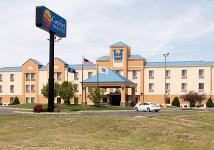 Comfort Inn & Suites Hutchinson Cover Picture