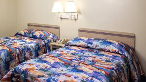 Motel 6 Dillon Cover Picture
