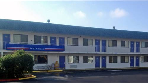 Motel 6 Russellville Cover Picture