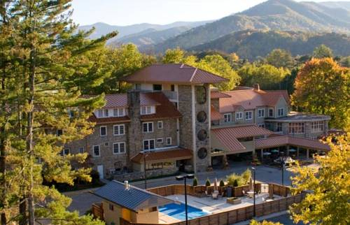Waynesville Inn Golf Resort and Spa Cover Picture