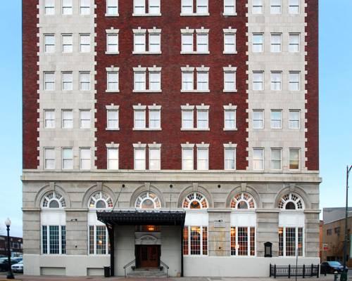Hotel Utica Cover Picture