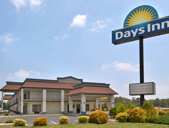 Days Inn Yanceyville Cover Picture