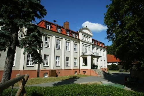 DJH Jugendherberge Burg Stargard Cover Picture