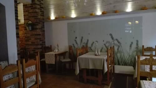 Hotel pod Muzami Cover Picture