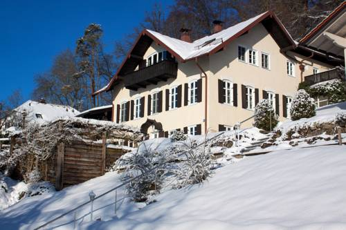 Haus am Weinberg Cover Picture