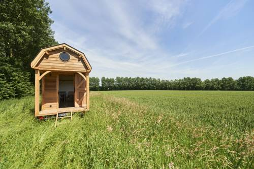 Wildernest Tiny House Cover Picture