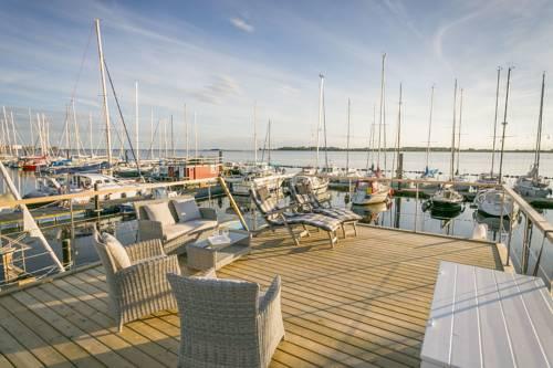 Ferienhaus auf dem Wasser - Hausboot Antje Frieda Cover Picture