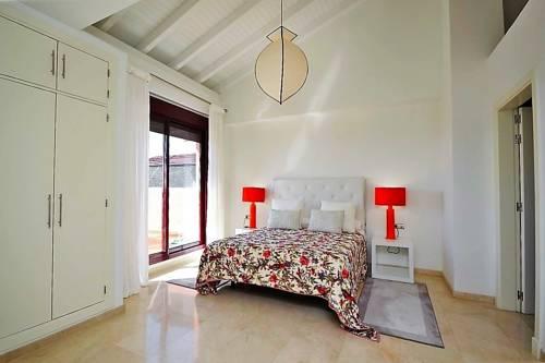 Casa Inés Cover Picture