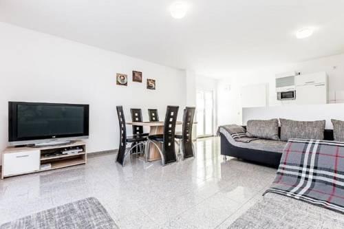 Gemütliches Haus mit Terrasse - KL3 Cover Picture