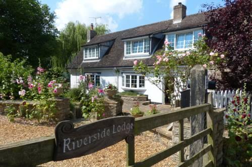 Riverside Lodge Cover Picture
