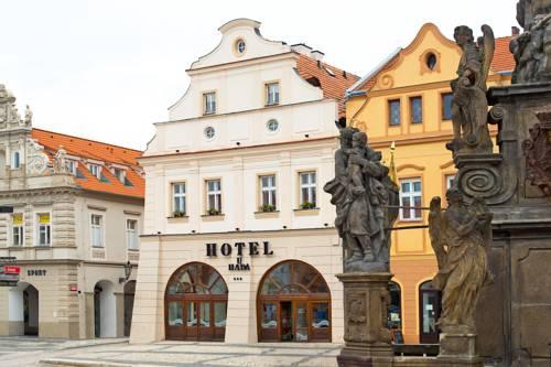 Hotel U Hada Žatec Cover Picture