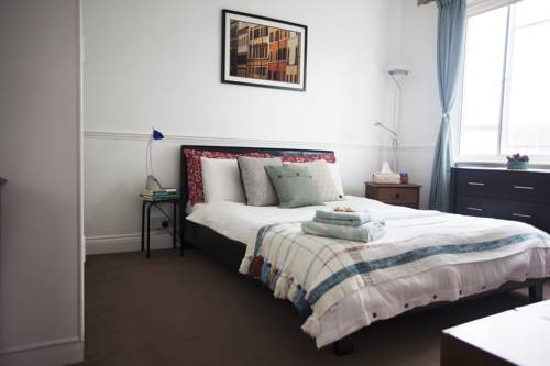 Central Brighton Lovely Homestay Cover Picture